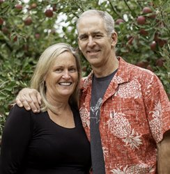 9/23: Linda & Joe Maloney are Locals Who Make a Difference
